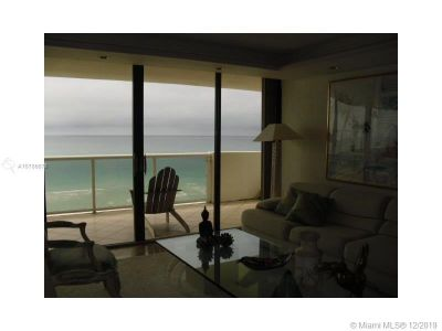 5757 Collins Ave #1205 photo05