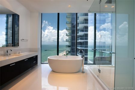 17141 Collins Ave #1501 photo04