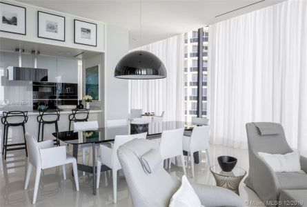 17141 Collins Ave #1501 photo07