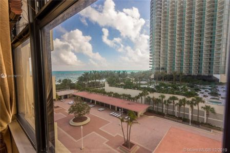 9801 Collins Ave #8Z photo026