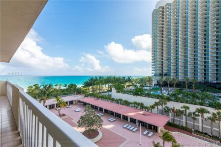 9801 Collins Ave #8Z photo031