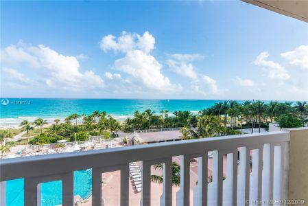 9801 Collins Ave #8Z photo032