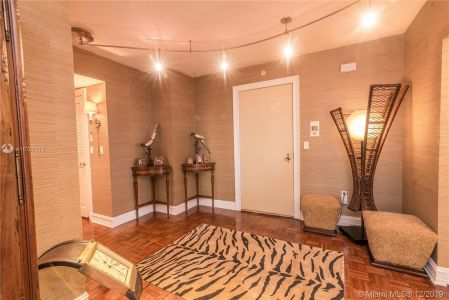 9801 Collins Ave #8Z photo09