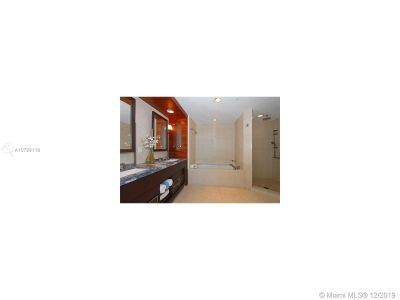 6799 Collins Ave #806 photo010
