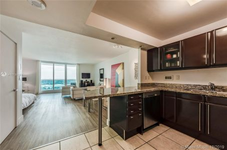 2301 Collins Ave #1429 photo08
