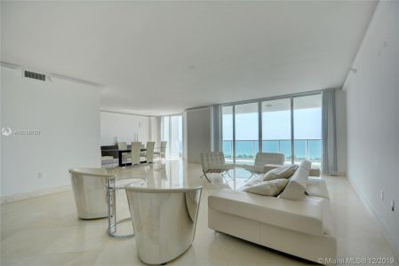 Hamptons South #2509 - 20201 E Country Club Dr #2509, Aventura, FL 33180