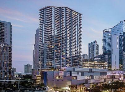 Reach Brickell City Centre #3809 - 68 SE 6th St #3809, Miami, FL 33130