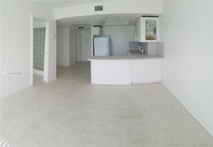 5401 Collins Ave #524 photo013