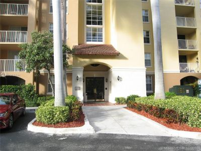 Yacht Club 5 at Aventura #5604 - 19701 E Country Club Dr #5604, Aventura, FL 33180