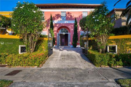 2426 S Miami Ave photo03
