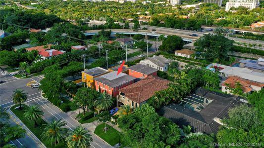 2426 S Miami Ave photo050