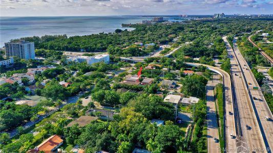 2426 S Miami Ave photo056