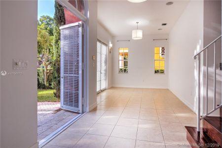2426 S Miami Ave photo08