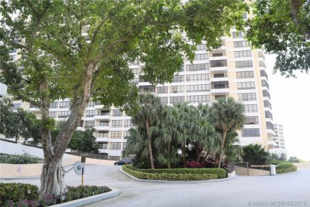 Olympus B #305 - 600 Three Islands Blvd #305, Hallandale Beach, FL 33009