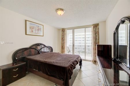 16711 Collins Ave #701 photo022