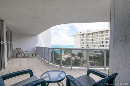 16711 Collins Ave #701 photo027