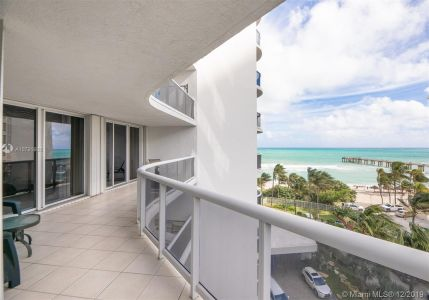 16711 Collins Ave #701 photo028