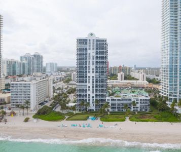 16711 Collins Ave #701 photo046