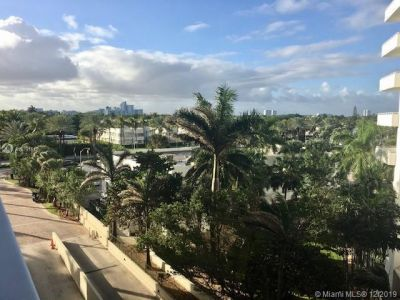 9801 Collins Ave #6I photo08