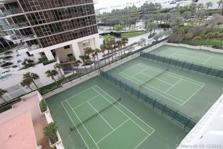 9801 Collins Ave #6I photo09