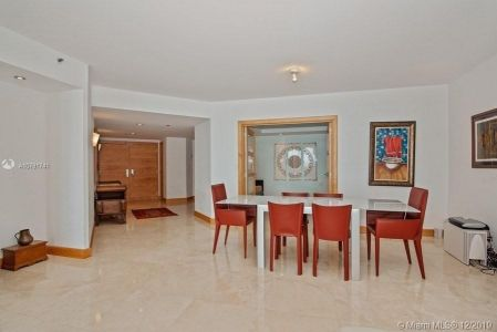 1581 Brickell Ave #1404 photo08