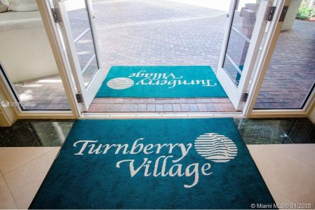 Turnberry Village South Tower #818 - 19900 E COUNTRY CLUB DR #818, Aventura, FL 33180