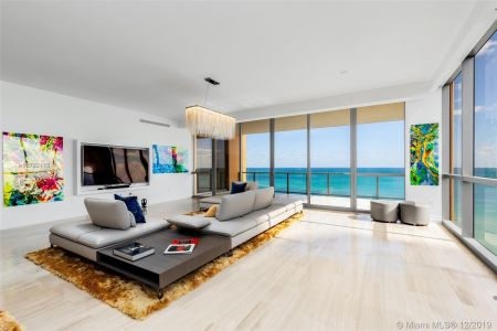 17749 Collins Ave #1002 photo04