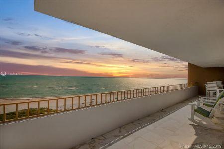 177 Ocean Lane Dr #800 photo010