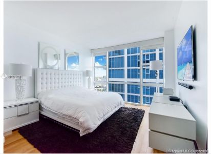 6801 Collins Ave #1209 photo05