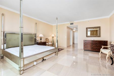 10101 Collins Ave #6A photo013
