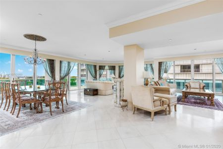 10101 Collins Ave #6A photo03