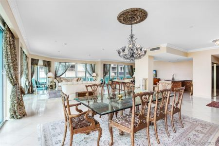 10101 Collins Ave #6A photo04