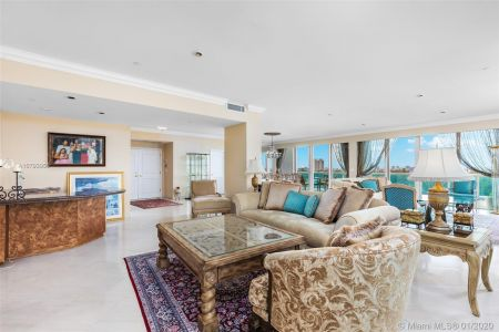 10101 Collins Ave #6A photo05