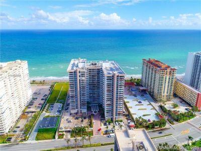 Parker Plaza #404 - 2030 S Ocean Dr #404, Hallandale Beach, FL 33009