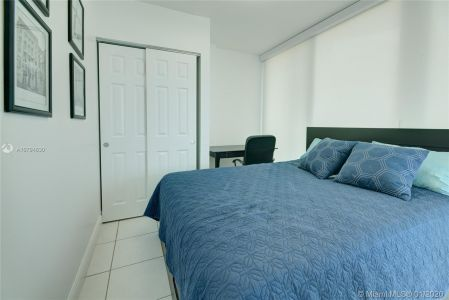 5401 Collins Ave #707 photo020