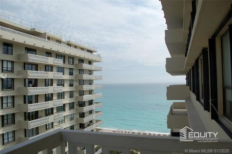 9801 Collins Ave #18X photo025
