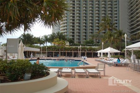 9801 Collins Ave #18X photo029