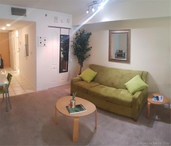 1200 Brickell Bay Dr #2210 photo014