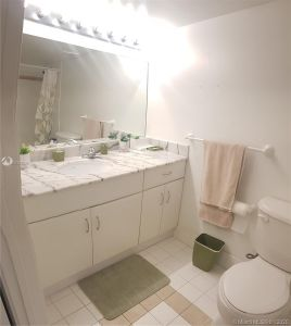 1200 Brickell Bay Dr #2210 photo020