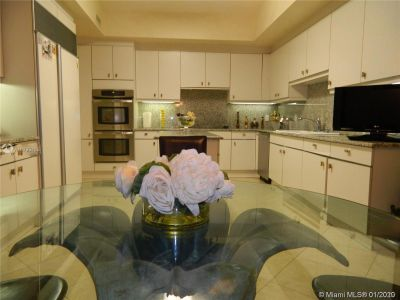10101 Collins Ave #4A photo04