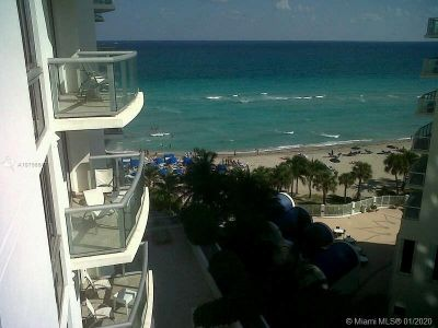 18683 Collins Ave #709 photo01