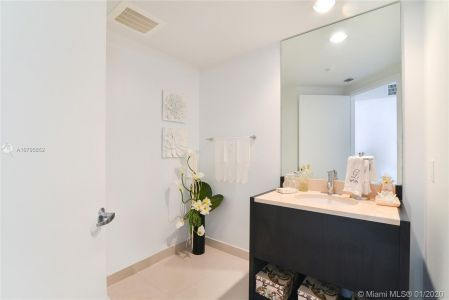 18201 Collins Ave #902 photo013