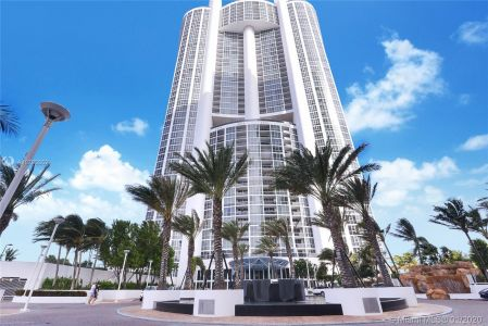 18201 Collins Ave #902 photo02