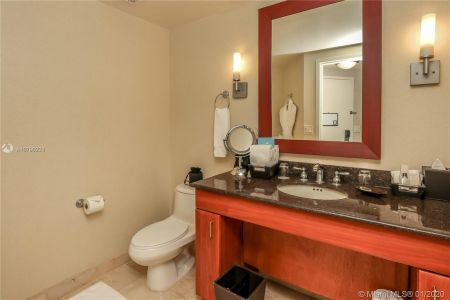18001 Collins Ave #802 photo09