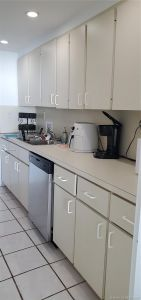 5401 Collins Ave #1128 photo05
