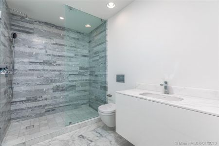 10203 Collins Ave #401 photo021