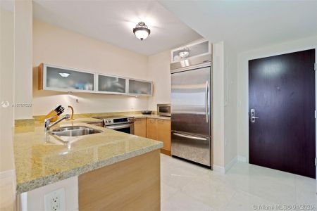 16275 Collins Ave #703 photo011