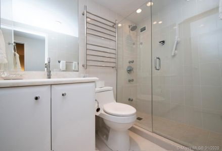 10185 Collins Ave #1423 photo011