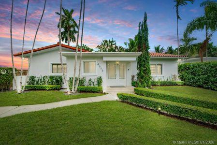 Nautilus - 4323 N Bay Rd, Miami Beach, FL 33140