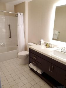 17375 Collins Ave #2707 photo015